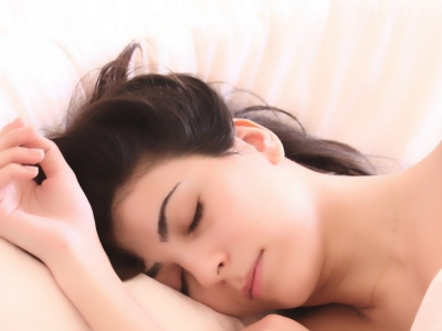 How does sleep deprivation affect our skin?